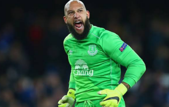 Tim Howard is one of the Goalkeepers who scored in the Premier League